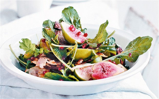 Summer salad with figs